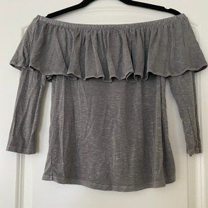 *NWT* American Eagle Outfitters Gray top